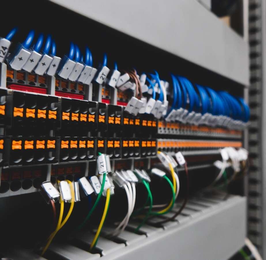 fornitura di impianti di telecomunicazione